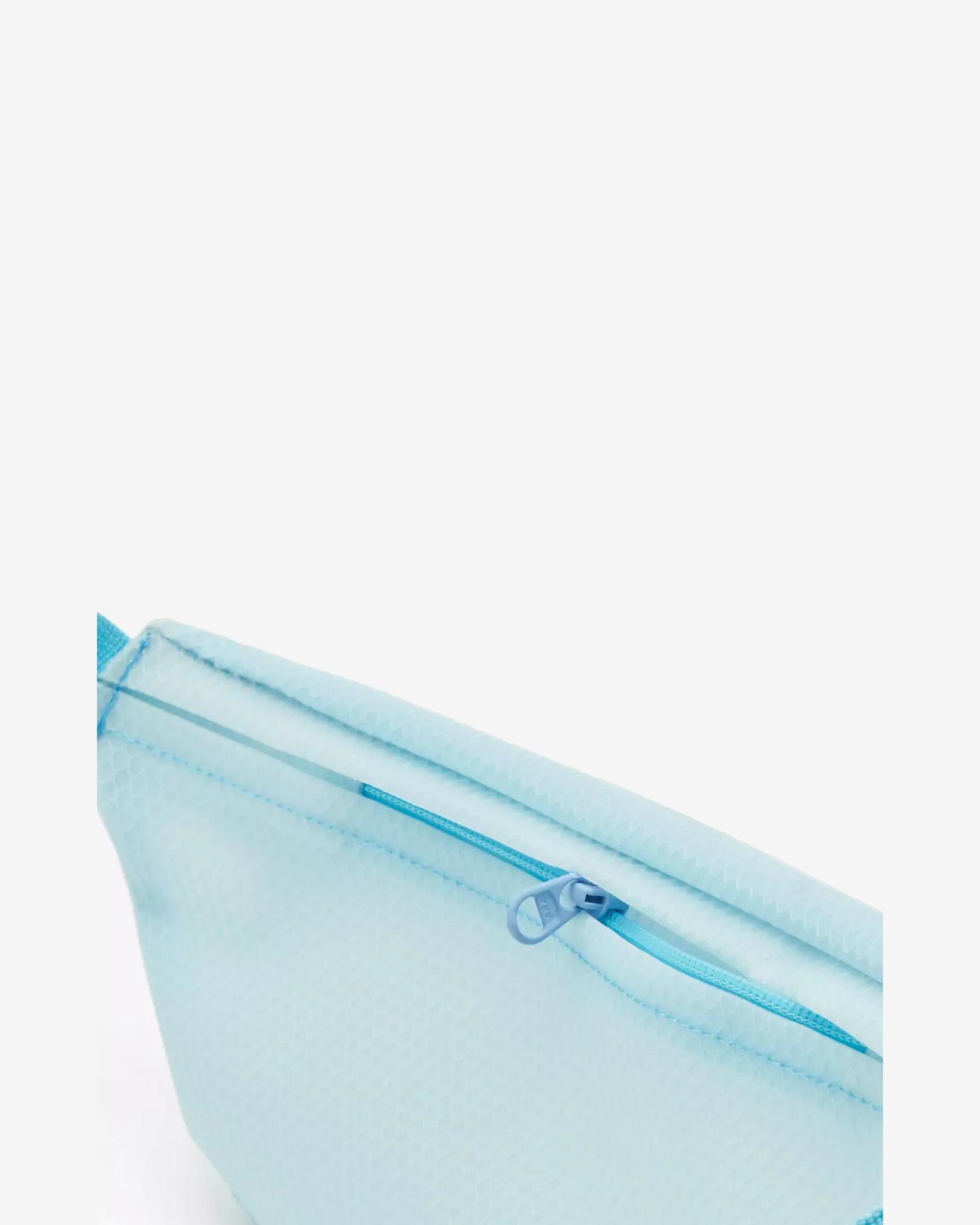 Levi's® Kidney Blue