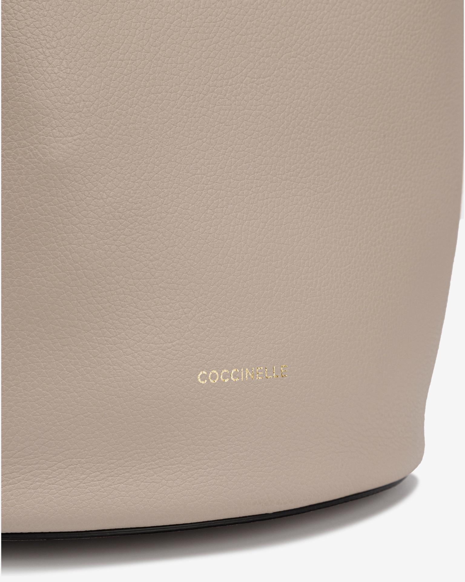 Coccinelle Borsetta donna beige  Grana